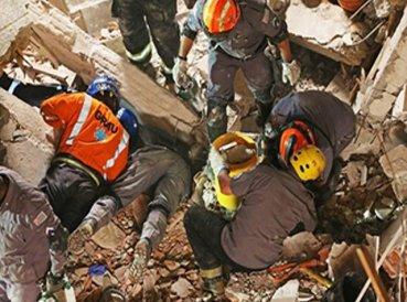 5 personas resultan heridas tras derrumbe de iglesia